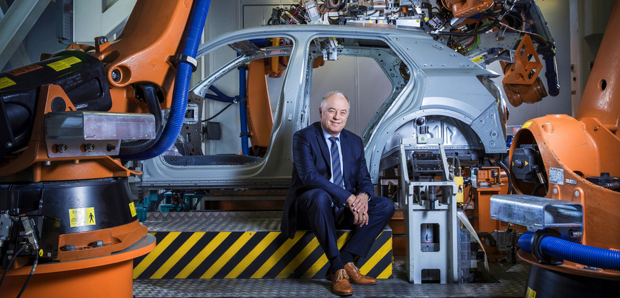 """""""We pulverized our complete organization"""": With the reorganization of production – project """"P"""" – Production Board Member Peter Kössler and his team, together with Porsche Consulting, achieved the largest transformation in the history of Audi. Photo: AUDI AG"""